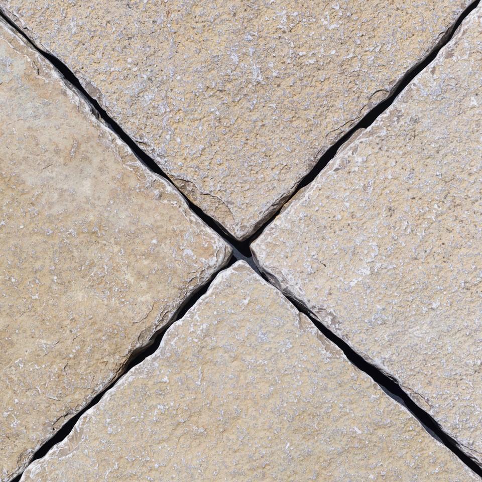 Tumbled Vanilla Limestone
